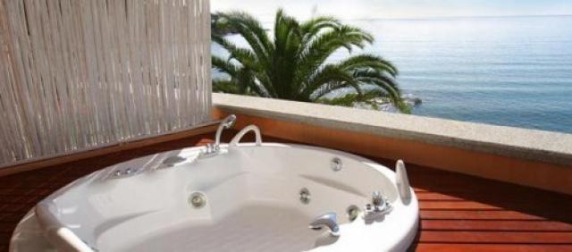 Jaccuzzi avec vue sur la mer Sardaigne