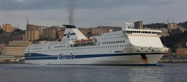 ferry au port