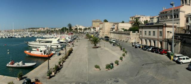 Vue sur le port d'Alghero