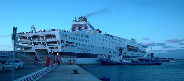 Ferry amarré